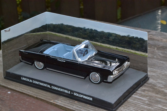 1965 lincoln continental convertible limo 1 43 james bond goldfinger ebay. Black Bedroom Furniture Sets. Home Design Ideas
